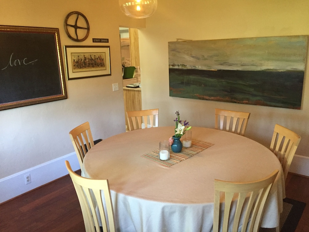 Dining, Aberdeen Stone Cottage Bed & Breakfast