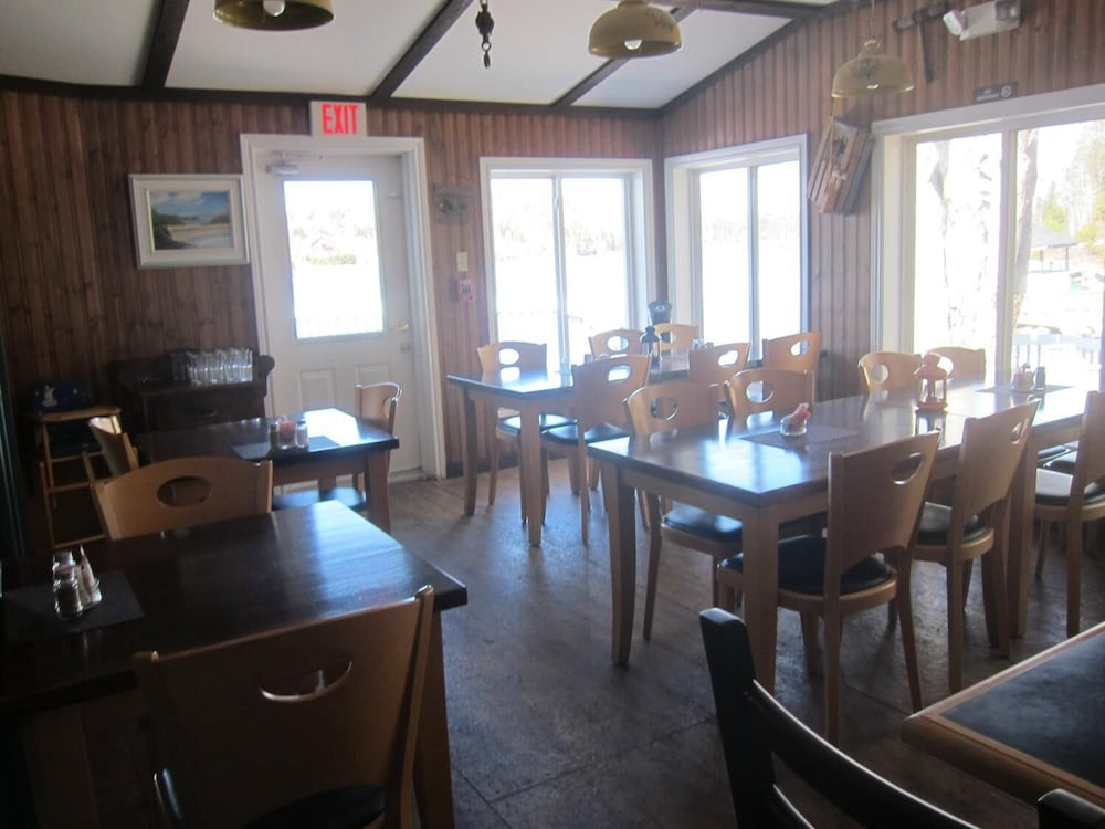 Restaurant, Salmon River Country Inn