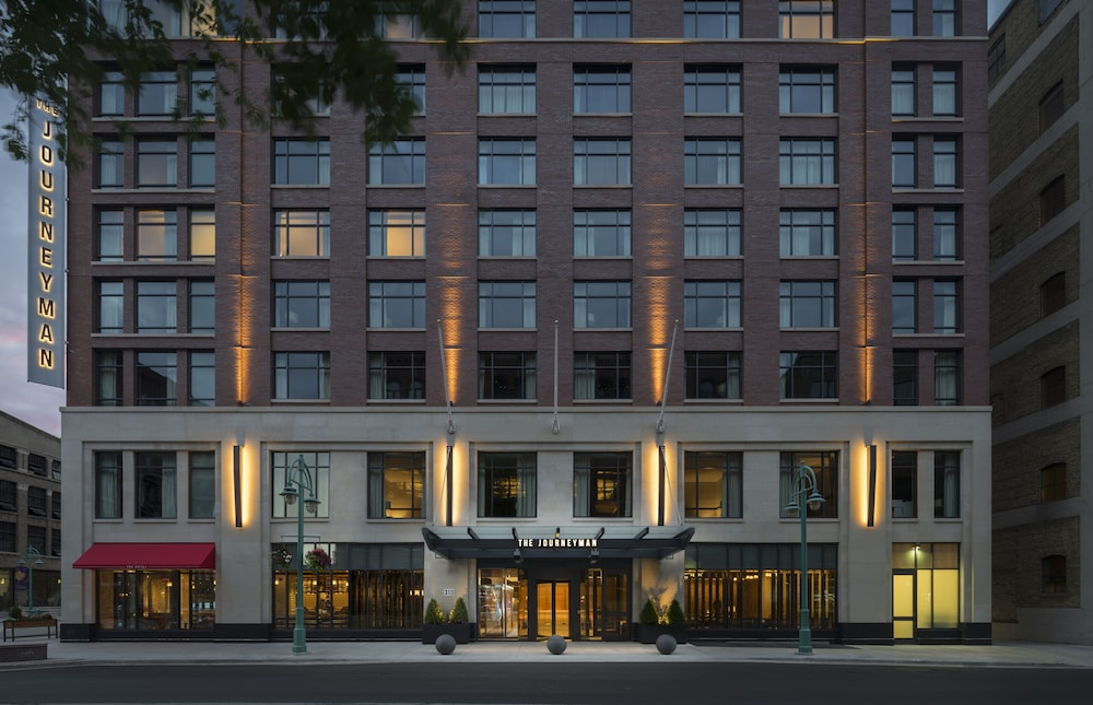 Front of Property - Evening/Night, Kimpton Journeyman Hotel