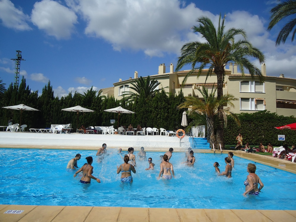 Outdoor Pool, Hotel Villa Naranjos
