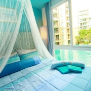 Atlantis Condo and Water Park Pattaya by the Sea