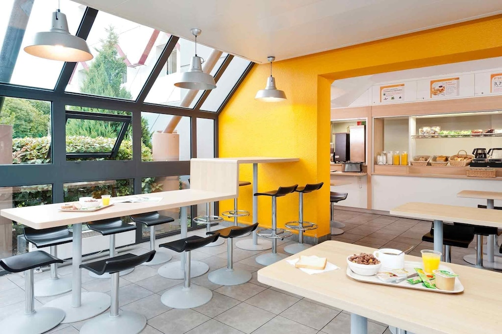Tregueux France  city images : hotelF1 Saint Brieuc Tregueux, France | Expedia