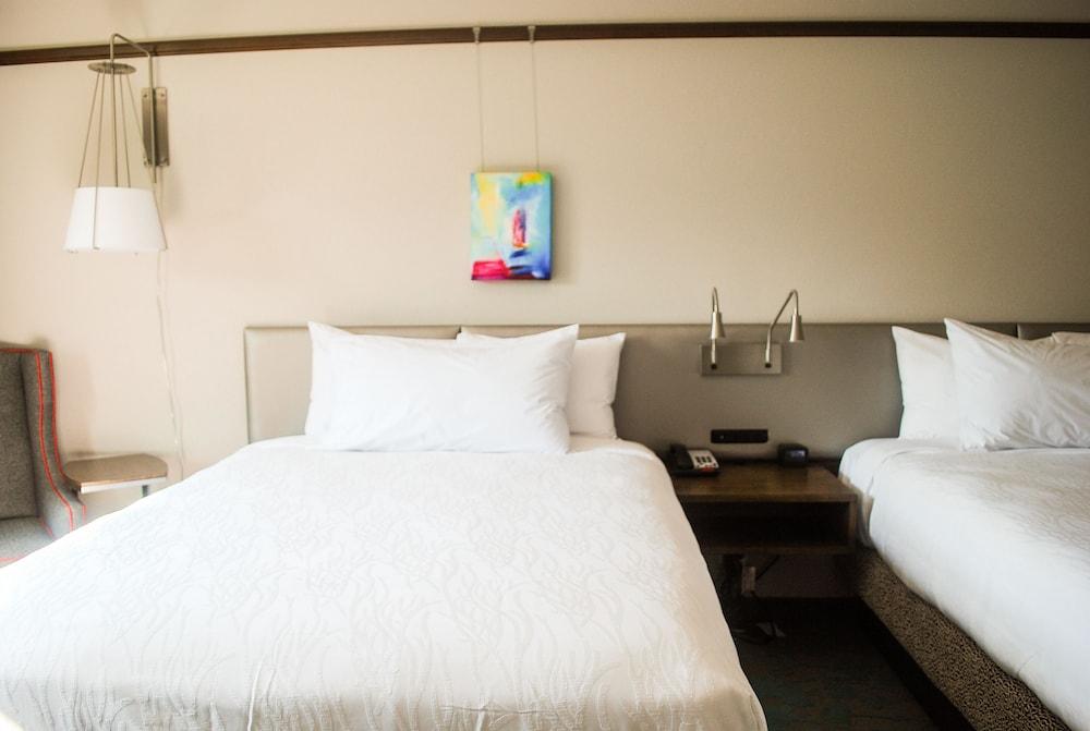 Hilton Garden Inn Asheville Downtown Reviews Photos Rates