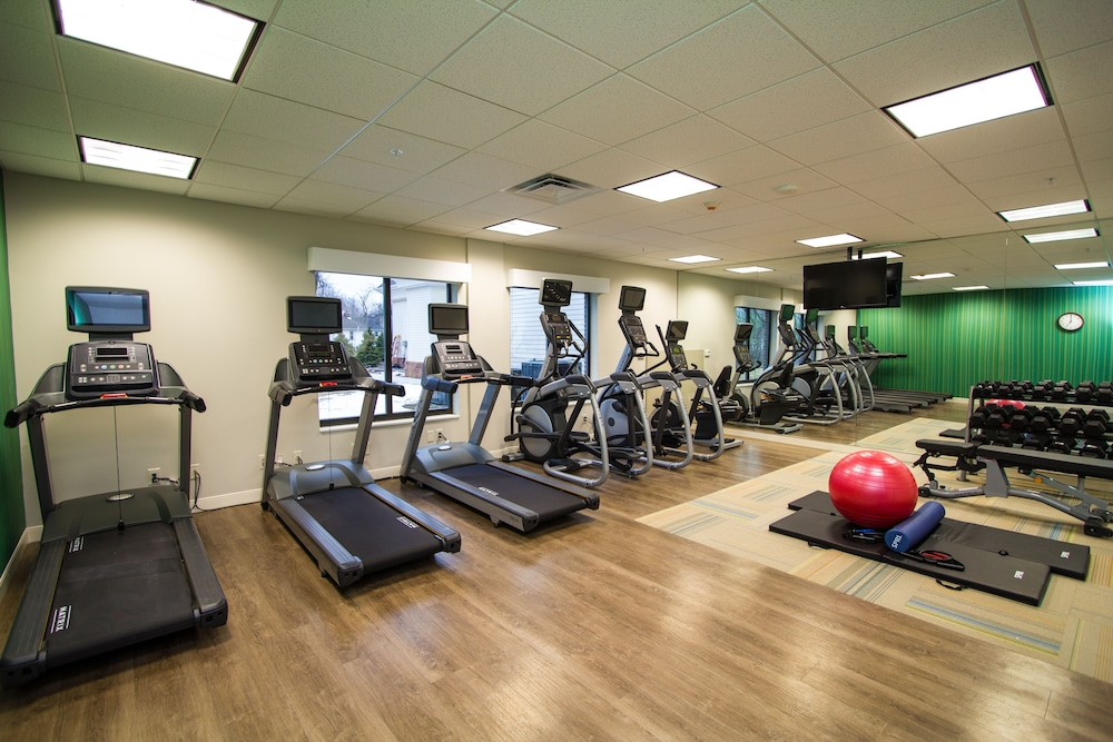 Fitness Facility, Holiday Inn Express Bordentown - Trenton South, an IHG Hotel