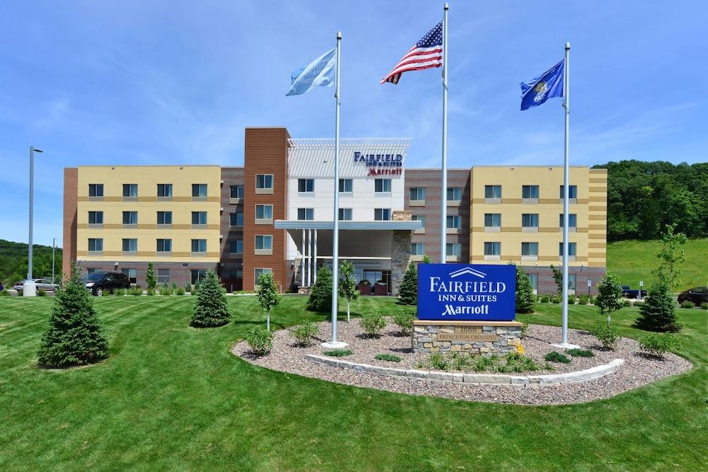 Fairfield inn suites by marriott eau claire chippewa falls 2018 aerial view featured image solutioingenieria Choice Image