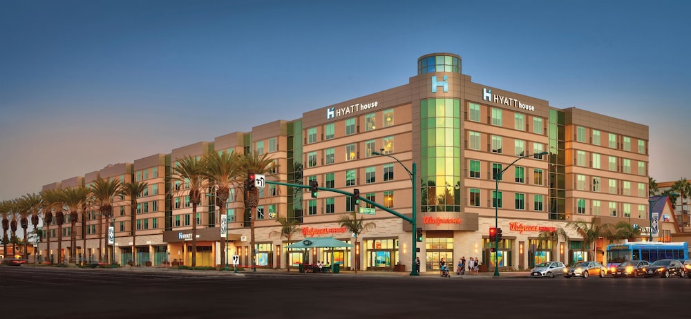 Hotels In Anaheim Close To Convention Center