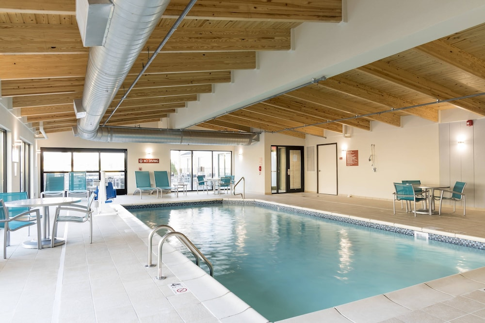 Indoor Pool, TownePlace Suites by Marriott Mansfield