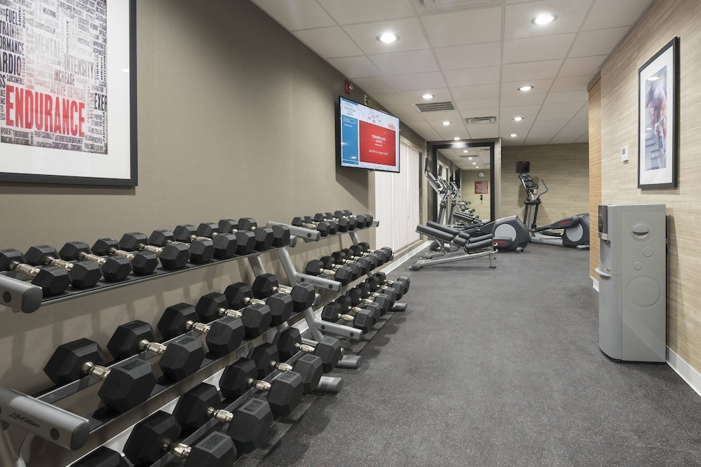 Fitness Facility, TownePlace Suites by Marriott Mansfield