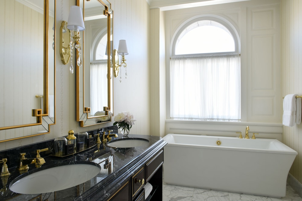 Bathroom, Trump International Hotel Washington DC