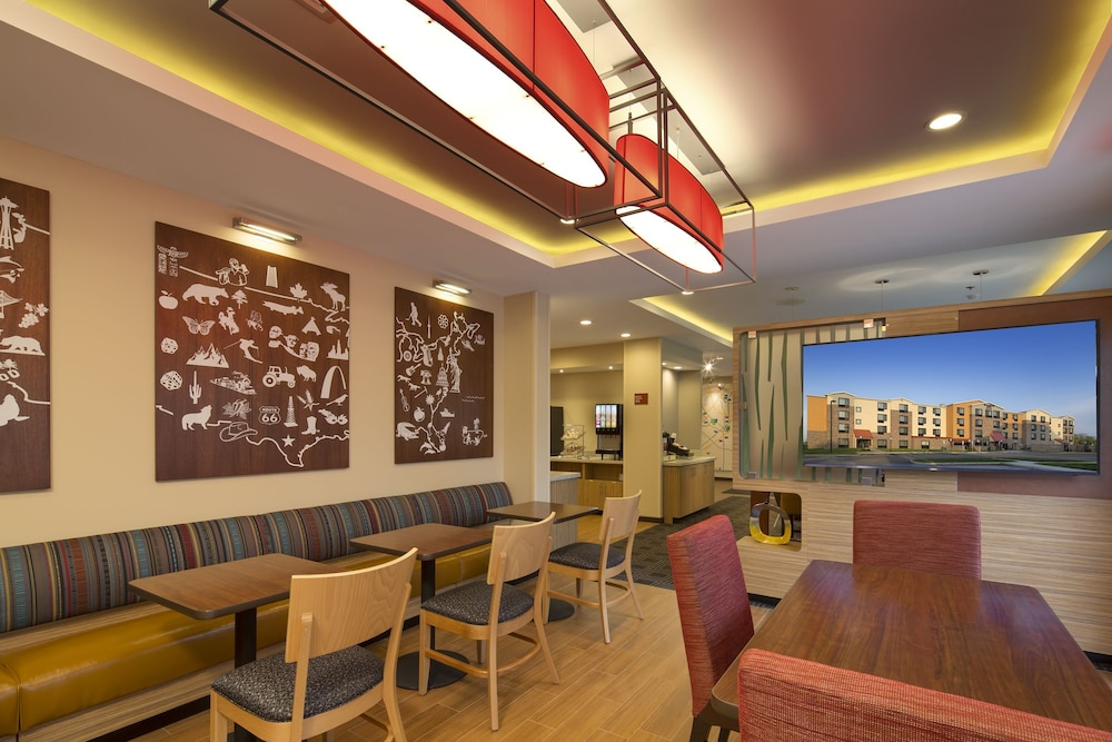 Food Court, TownePlace Suites by Marriott Swedesboro Philadelphia