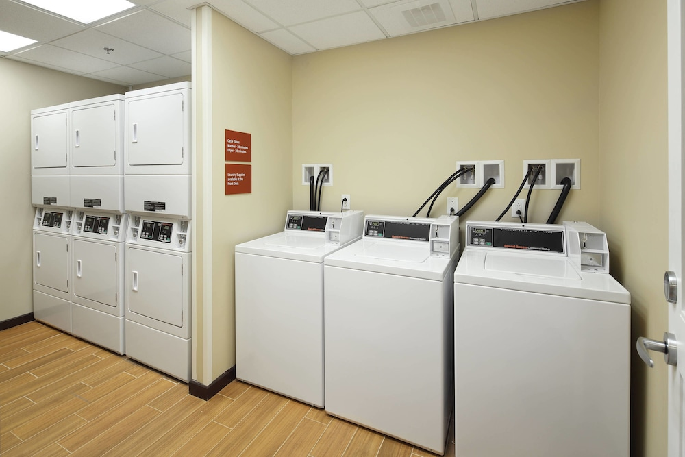 Laundry, TownePlace Suites by Marriott Swedesboro Philadelphia