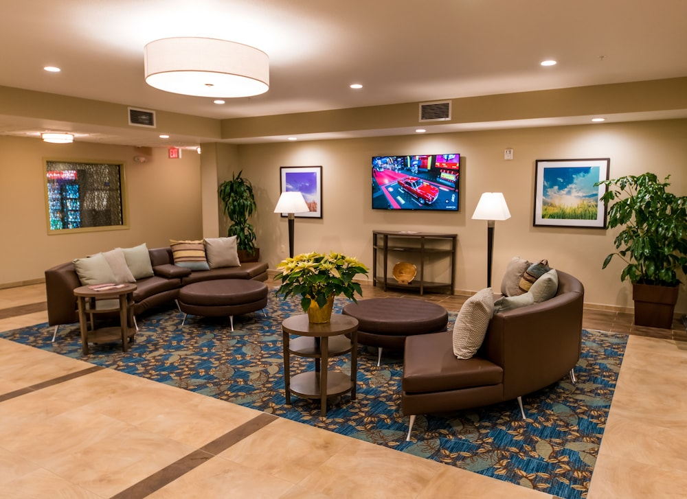 Lobby Sitting Area, Candlewood Suites Fairbanks, an IHG Hotel