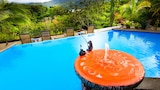 World Famous Toad Hall Hotel - Arenal Hotels