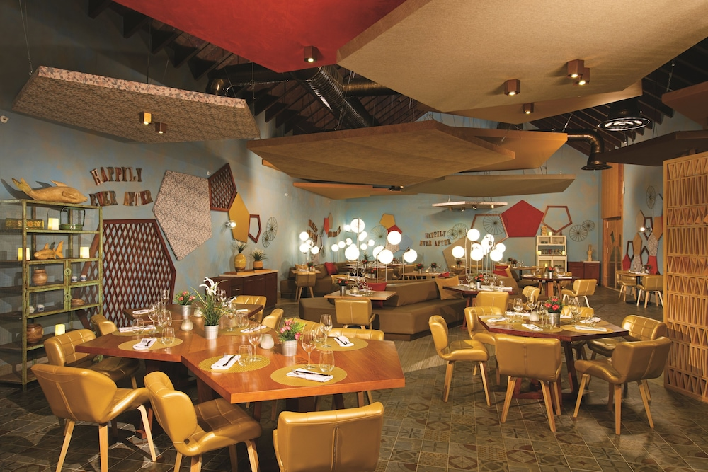 Restaurant, Now Onyx Punta Cana All Inclusive