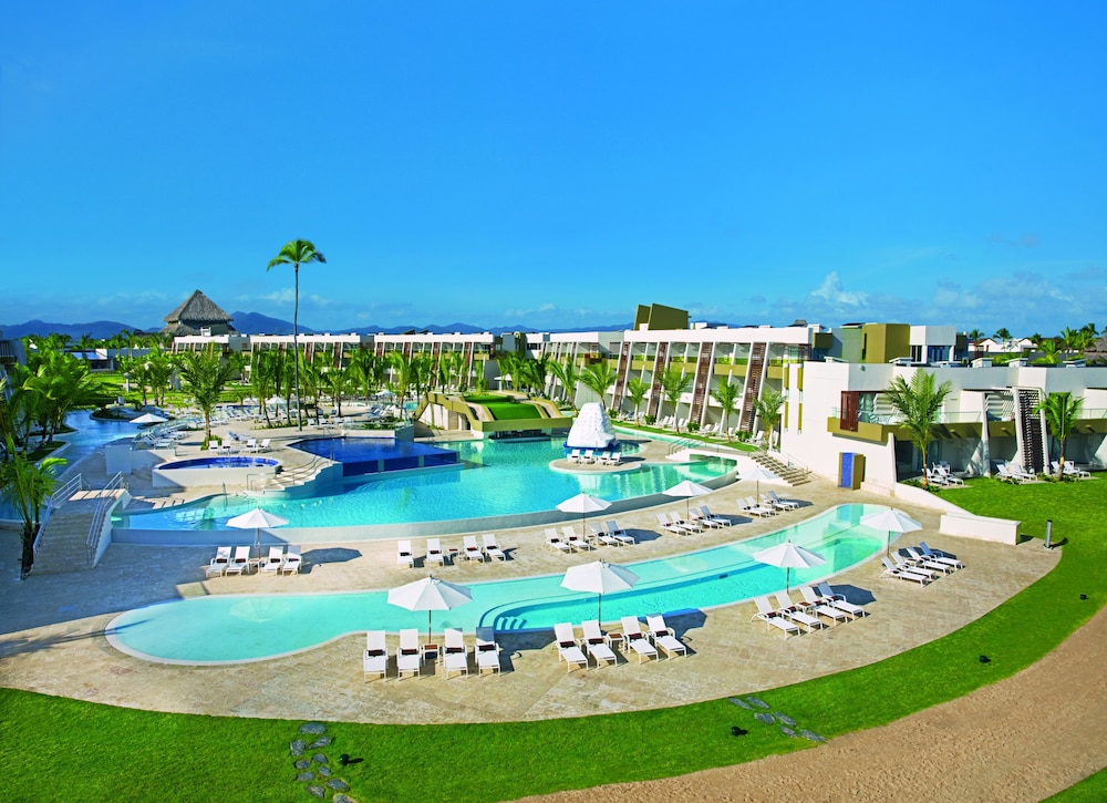 Outdoor Pool, Now Onyx Punta Cana All Inclusive