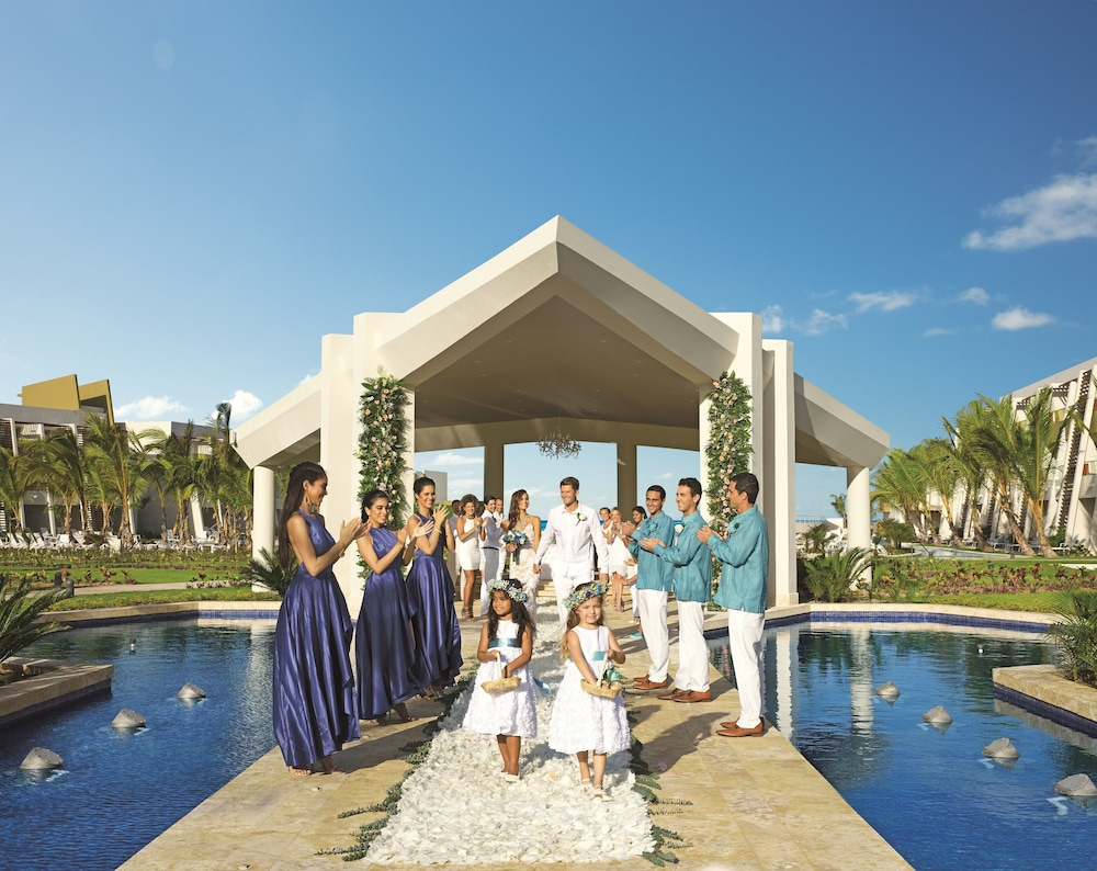 Outdoor Wedding Area, Now Onyx Punta Cana All Inclusive