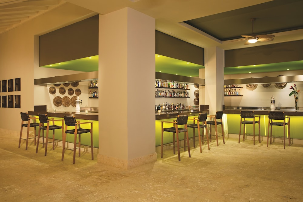 Bar, Now Onyx Punta Cana All Inclusive