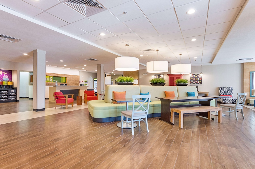 Reception, Home2 Suites by Hilton Oklahoma City Yukon