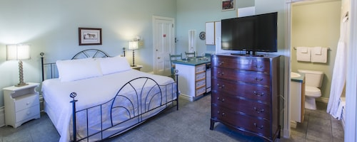Great Place to stay Chipman Hill Suites - Yeats House near Saint John