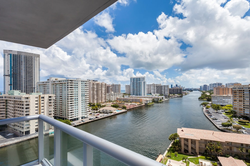 BW Miami Vacation Rentals: 2019 Room Prices $237, Deals