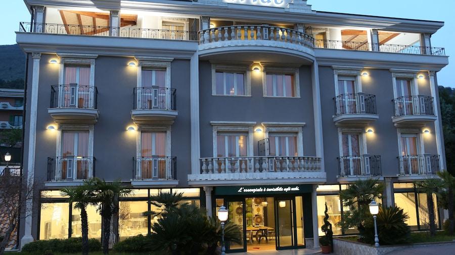 Ariae Hotel - Ali Hotels