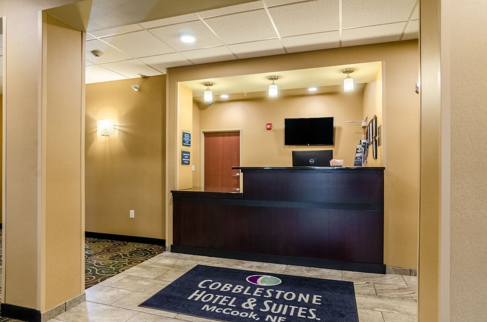 Reception, Cobblestone Hotel & Suites - McCook
