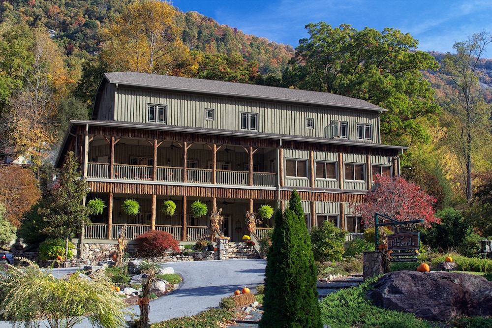 Featured Image, The Esmeralda Inn at Lake Lure