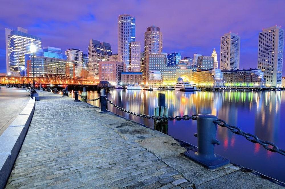 Boston Luxury Hotel Deals