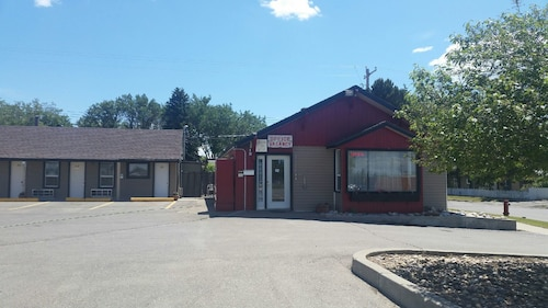 Check Expedia for Availability of Taber Motel