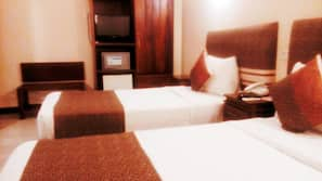 Minibar, in-room safe, desk, rollaway beds