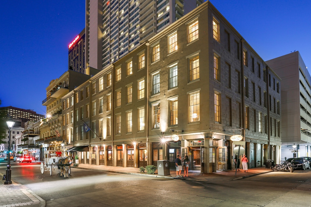 La Galerie French Quarter Hotel: 2019 Room Prices $125
