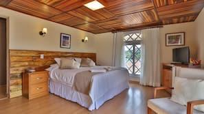 Roupas de cama antialérgicas, frigobar, ferros/tábuas de passar roupa