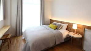 In-room safe, iron/ironing board, free WiFi, linens
