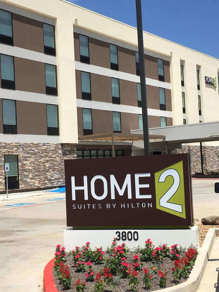 Front of Property, Home2 Suites by Hilton Alexandria
