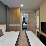 Ten Ekamai Suites by Aspira