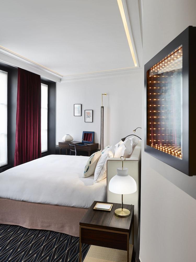 le roch hotel spa louvre place vend me 1er arr et 2 me arr france expedia. Black Bedroom Furniture Sets. Home Design Ideas