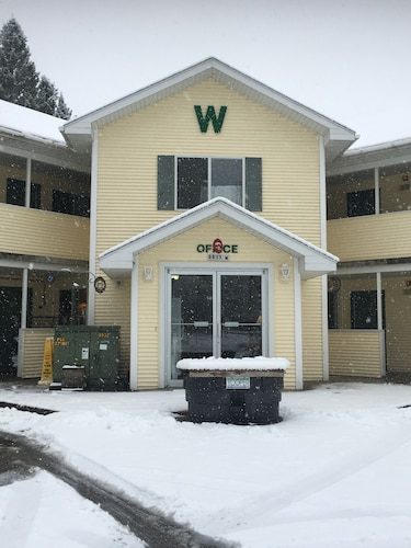 Willabees Motel