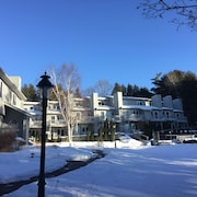 Evergreen Hill Condominiums
