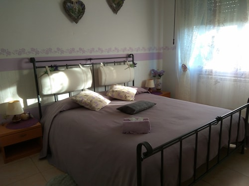 FAUSTO & DEBY BED & BREAKFAST