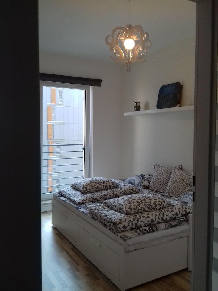 Book 1 Bedroom Francuska Park Apartment Katowice Hotel Deals