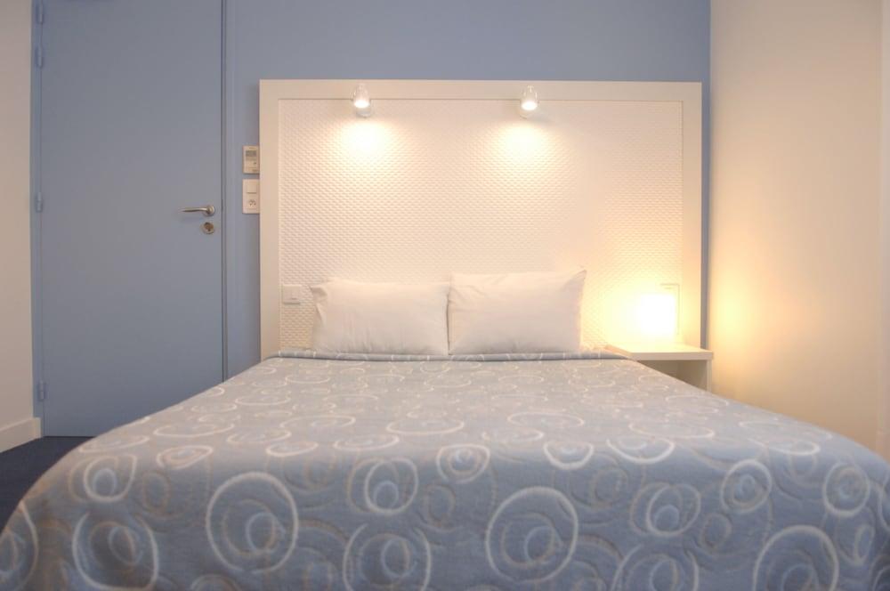 h tel la pergola d 39 arcachon arcachon france. Black Bedroom Furniture Sets. Home Design Ideas
