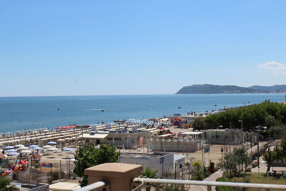 Hotel Rimini Expedia