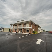 Richland Inn Lawrenceburg