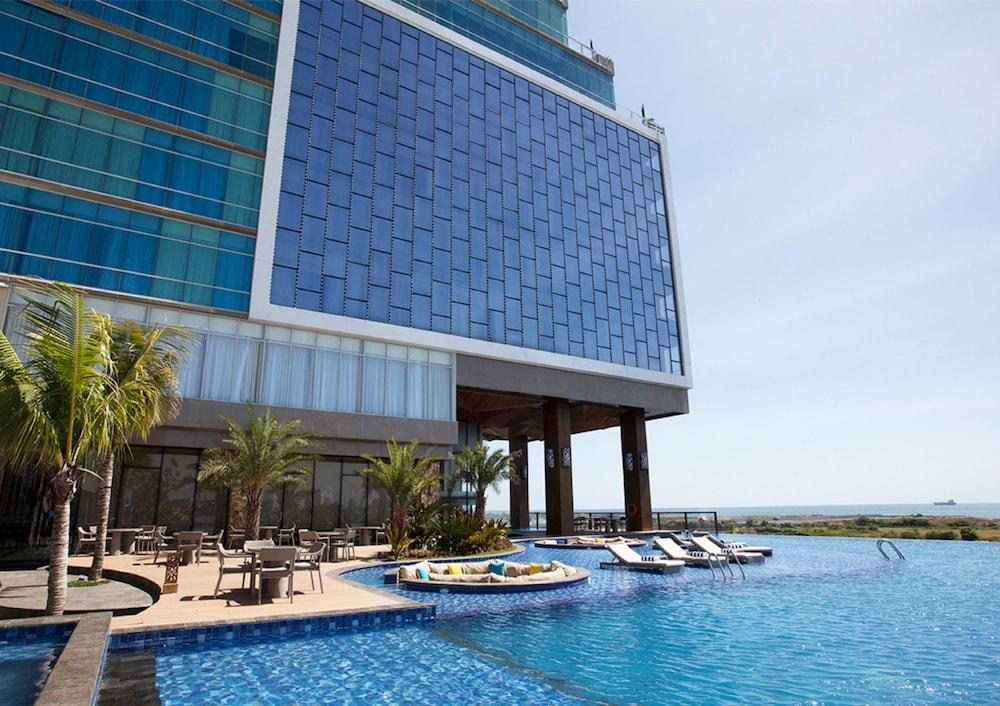 the rinra makassar 2019 room prices 52 deals reviews expedia rh expedia com