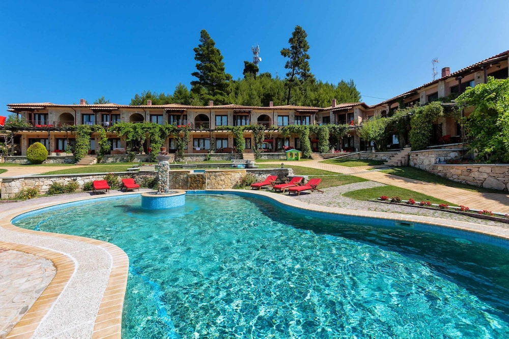 Akritas ef zin villas suites kassandra grc best price for Mobilya megastore last minute