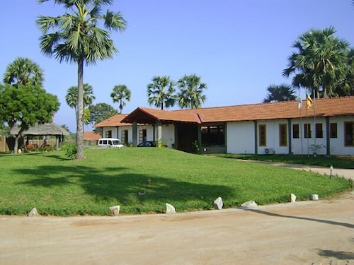 THOMPUKANDAM VILLAGE RESORT
