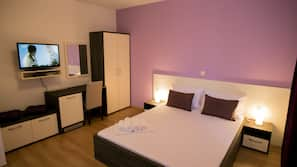 8 Schlafzimmer, Minibar, Verdunkelungsvorhänge, kostenloses WLAN