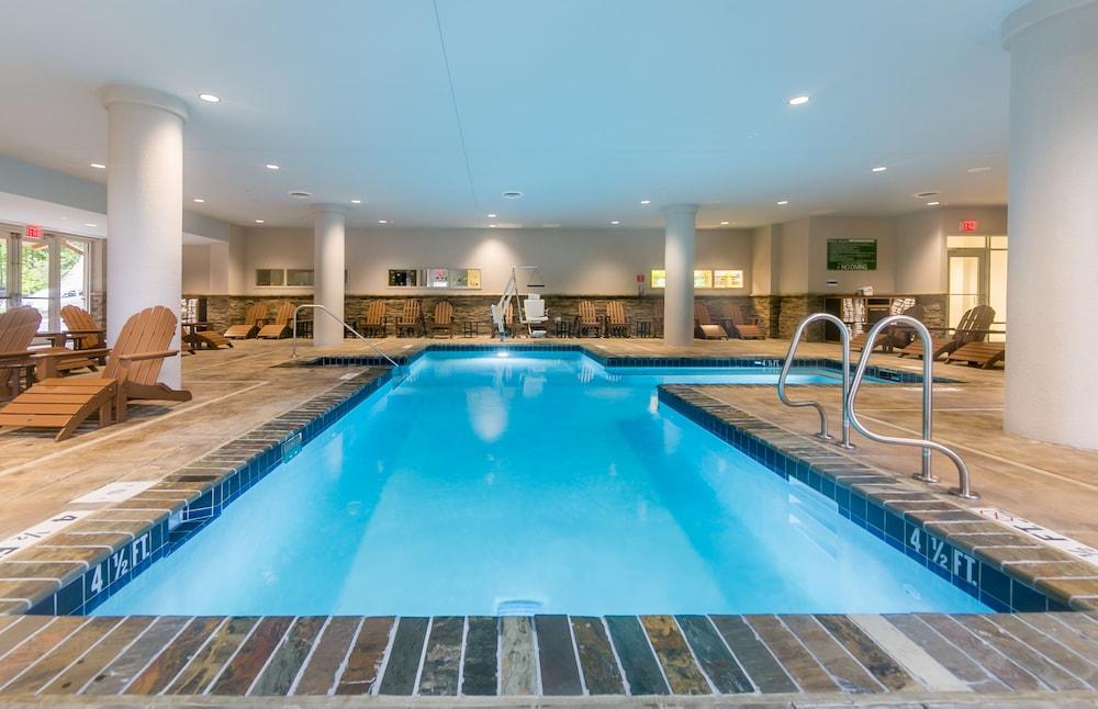 Holiday Inn Express Gatlinburg Downtown Deals Reviews Gatlinburg Usa Wotif