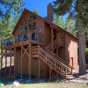 Pet Friendly Cabin in Meeks Baya Partial By RedAwning