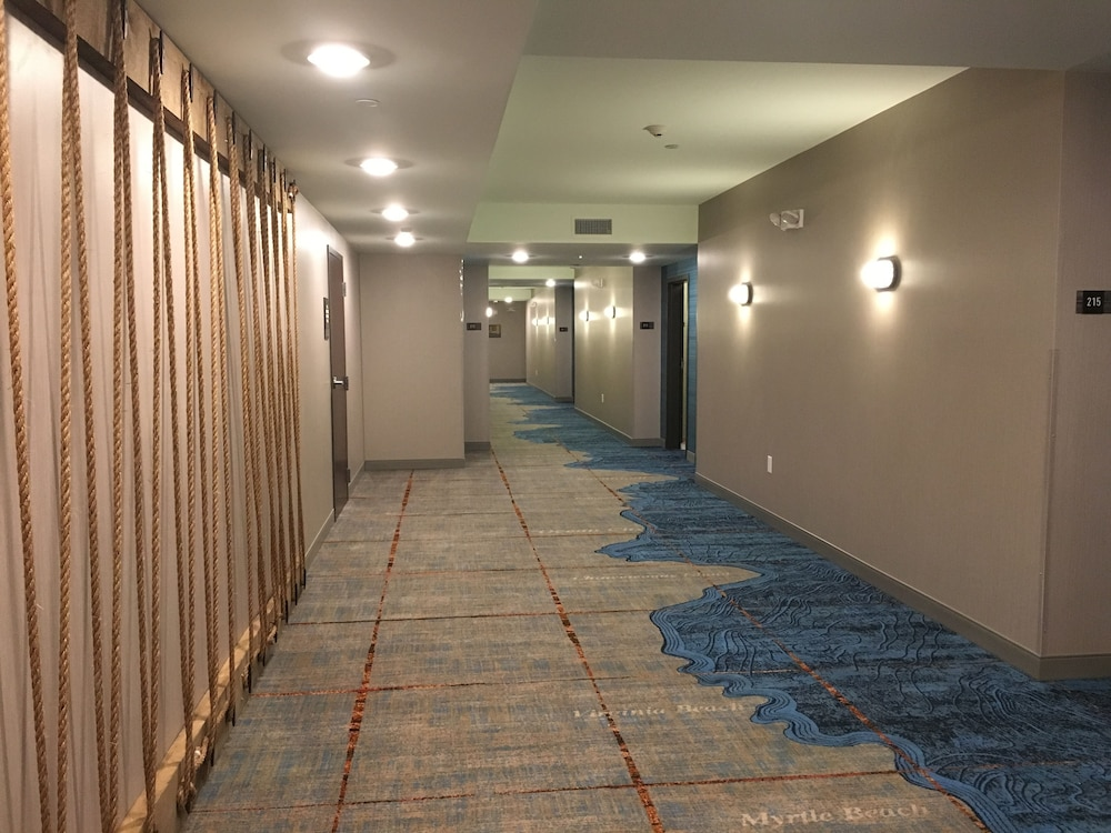 Hallway, Marina Bay Hotel & Suites, Ascend Hotel Collection